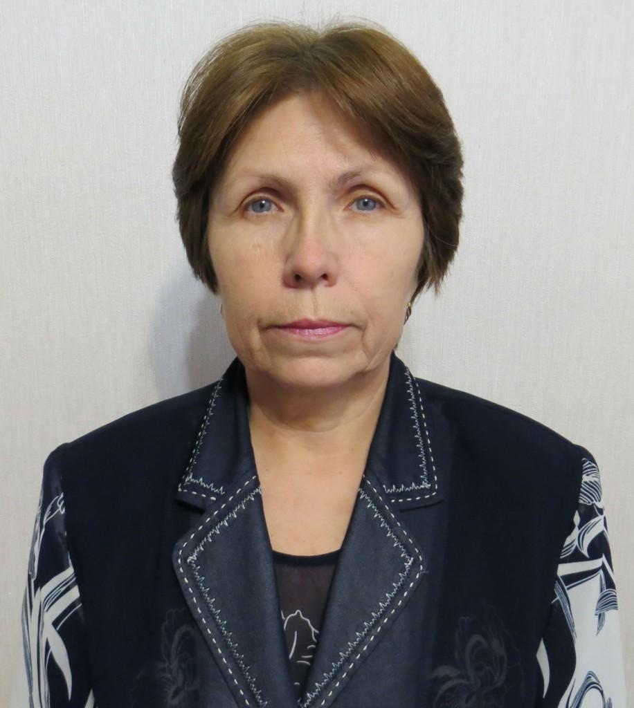 Ярославцева матем высшая категория 916x1024 Наши преподаватели