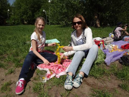 DSC00583 500x375 Пикник в сквере Шкулева