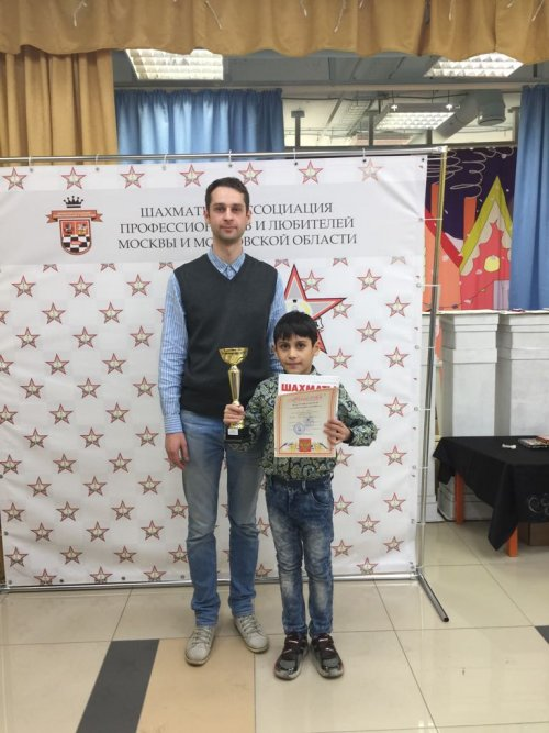 IMG 20170519 WA0001 500x667 1 место на шахматном турнире